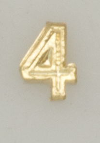 Numerical pin. 4 gold