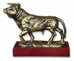 Trophy resin BULL with base 18.3 cm