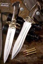 Muela Cervus 26-L and Muflón 26-L luxury knives.