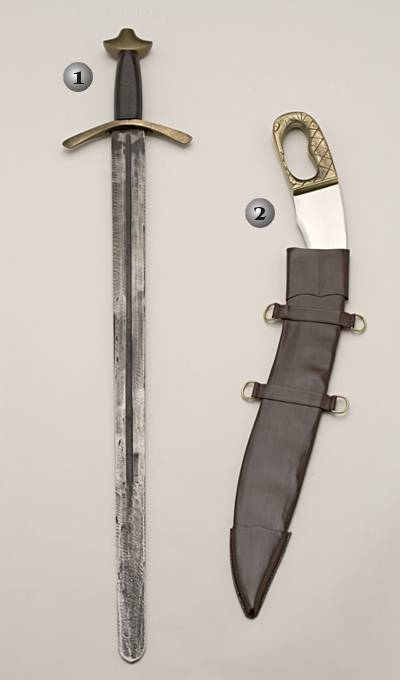 TEMPLAR PRACTICAL SWORD AND PRE-IBERIAN FALCATA