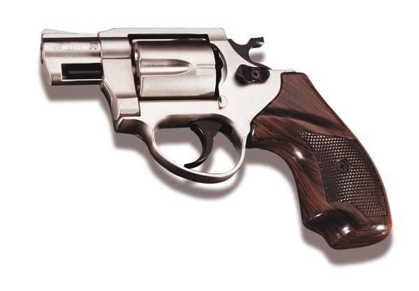 BLACK FIRING  REVOLVER  SMITH & WESSON CHIEFS SPECIAL COMBAT