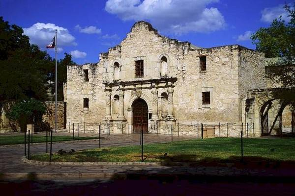 ALAMO MISSION IN TEXAS