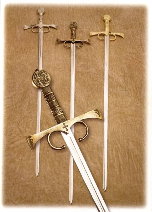 """La imagen """"http://www.aceros-de-hispania.com/image/cristobal-colon-sword/cristobal-colon-sword.jpg"""" no puede mostrarse, porque contiene errores."""