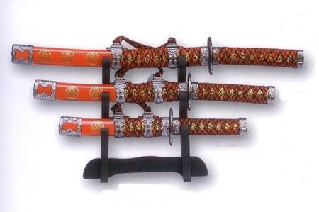 Set red katanas