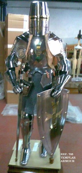 TEMPLAR ARMOR WITH SWORD AND SHIELD