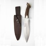 Hunting knife Joker CN42 with stag horn handle. Knives made in Spain.