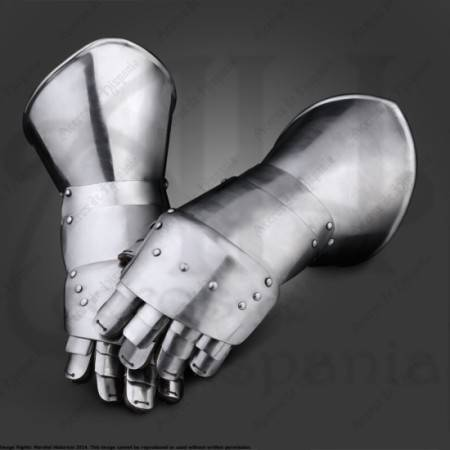 GAUNTLETS OF XVIth FOR MEDIEVAL RECREATION MARSHALL HISTORICAL