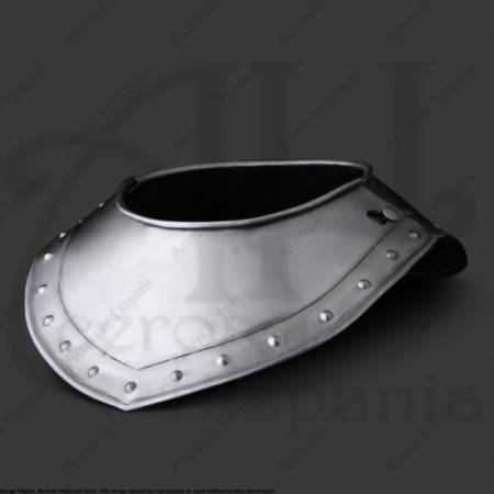 GORGET WITHOUT NECK XVIth FOR MEDIEVAL RECREATION MARSHALL HISTORICAL