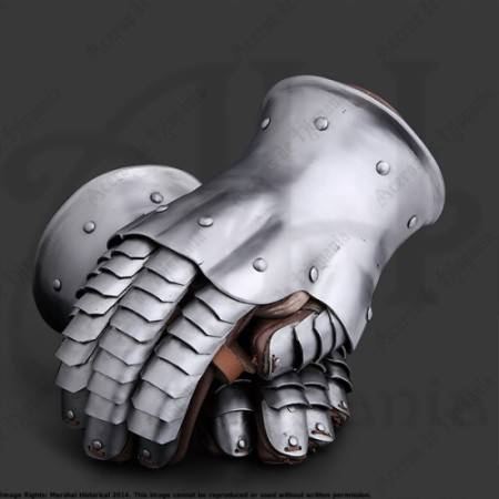 GAUNTLETS OF XIVth FOR MEDIEVAL RECREATION MARSHALL HISTORICAL