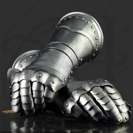 ITALIAN GAUNTLETS OF XVIth FOR MEDIEVAL RECREATION MARSHALL HISTORICAL