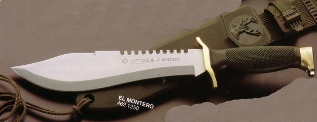 El montero hunting knife with her green poliamida leather sheath