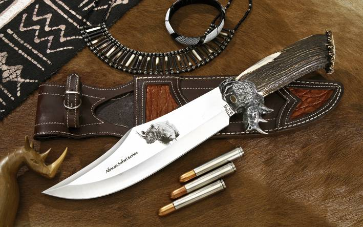 African Safari Rhino Knife Muela Series