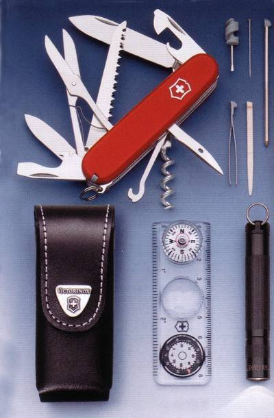 Complet set with accesories and pocket knife