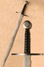 MEDIEVAL BATTLE SWORD