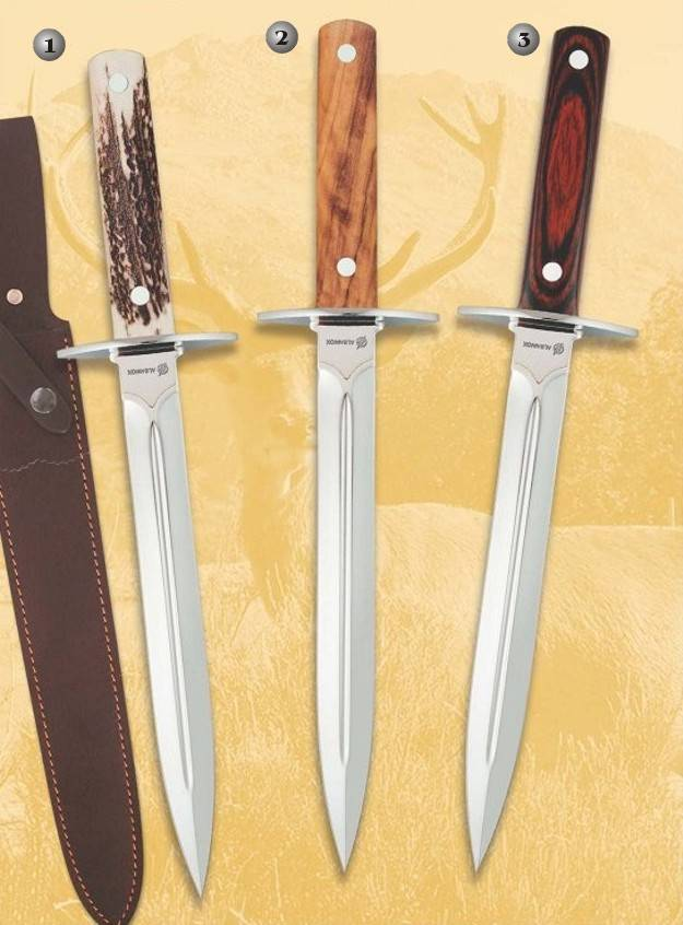 Cuchillos de monte.