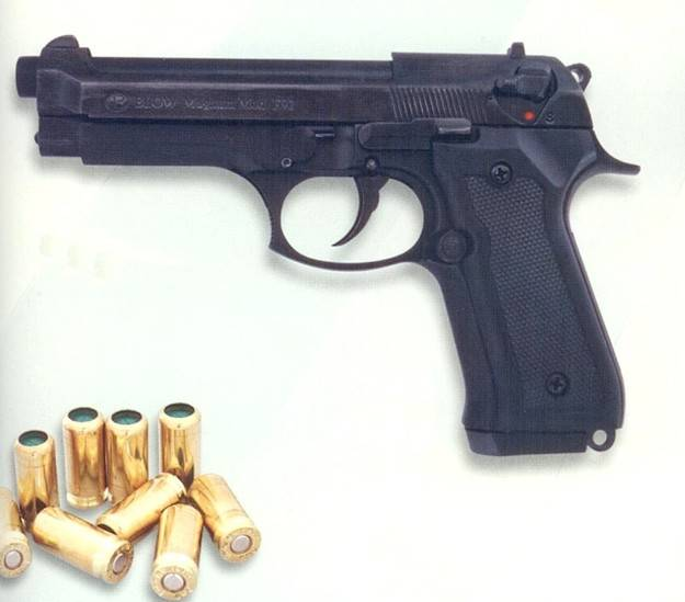 Pistola Blow F92.