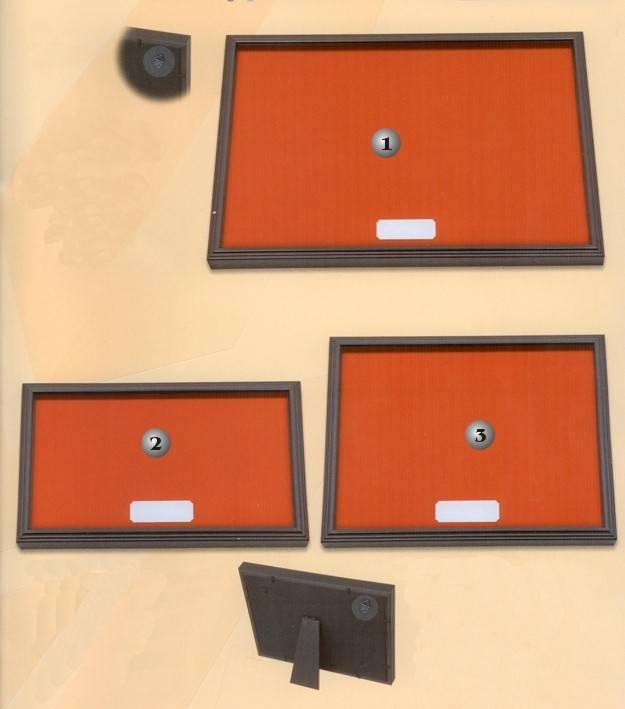 Expositor con placa para grabado Martinez albainox.
