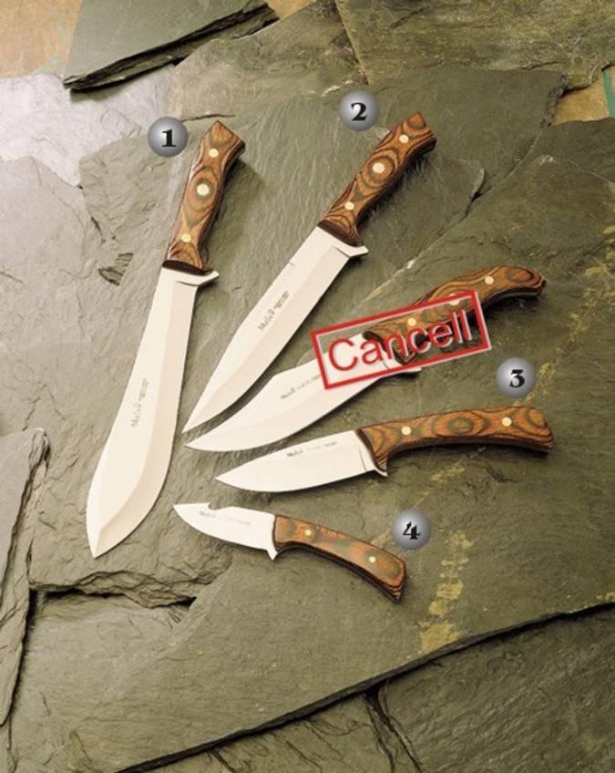 Cuchillos machete, colibri y combate con el mango de madera