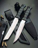 Military knives and survival knives