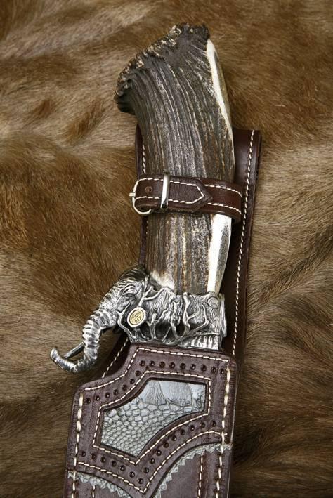 Cuchillos African Safari Series modelo Elephant