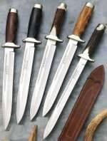 Cuchillos bayoneta Muela, Aitor, Expósito, Joker,...