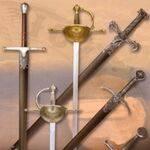 Espadas con funda