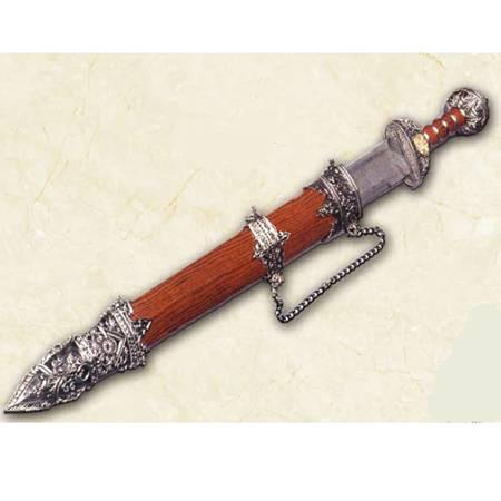Espada romana con vaina