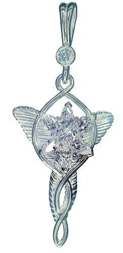 Colgante Arwen Undómiel, realizado en plata y cristales de Swarovski. Con cadena incluida