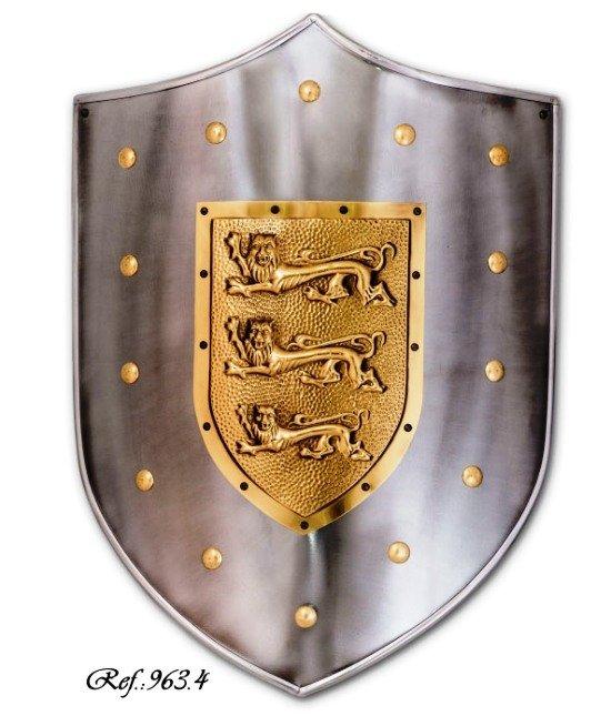 Escudo Ricardo Coraz�n de Le�n, escudo de acero con grabado de tres leones