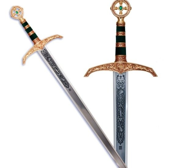 Espada Robin Hood en oro, acabados en color azul. Grabados profundos en la hoja.