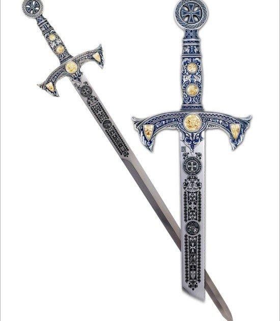 Espada templaria terminación grabado profundo plata con incrustarciones en oro