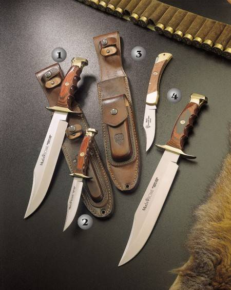 SET OF KNIVES BW-22 AND BW-10. SET OF KNIVES BW-22 AND POCKET KNIFE 10-M